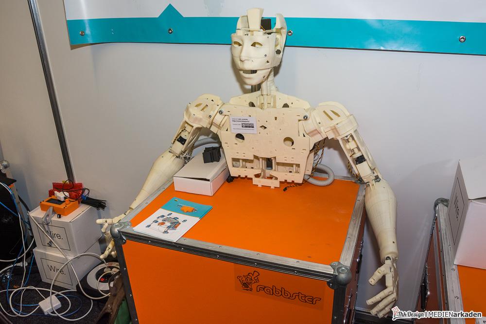 Fabbster Projekt, ein vollbeweglicher komplett ausgedruckter Roboter