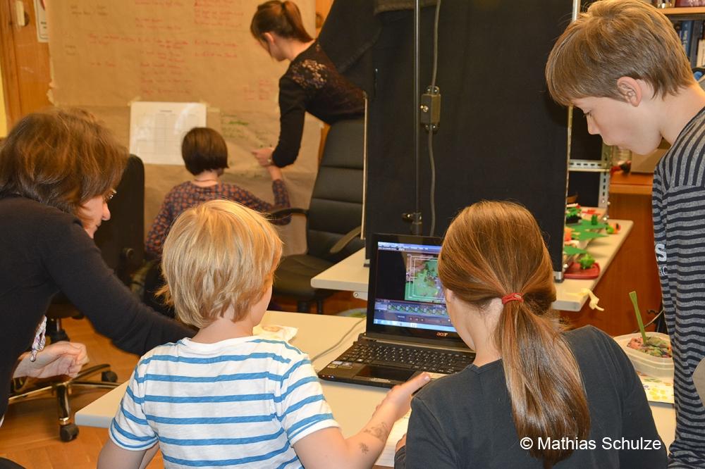 Beraten, planen, herstellen: Über die Schulter geblickt in der Medienwerkstatt Leipzig